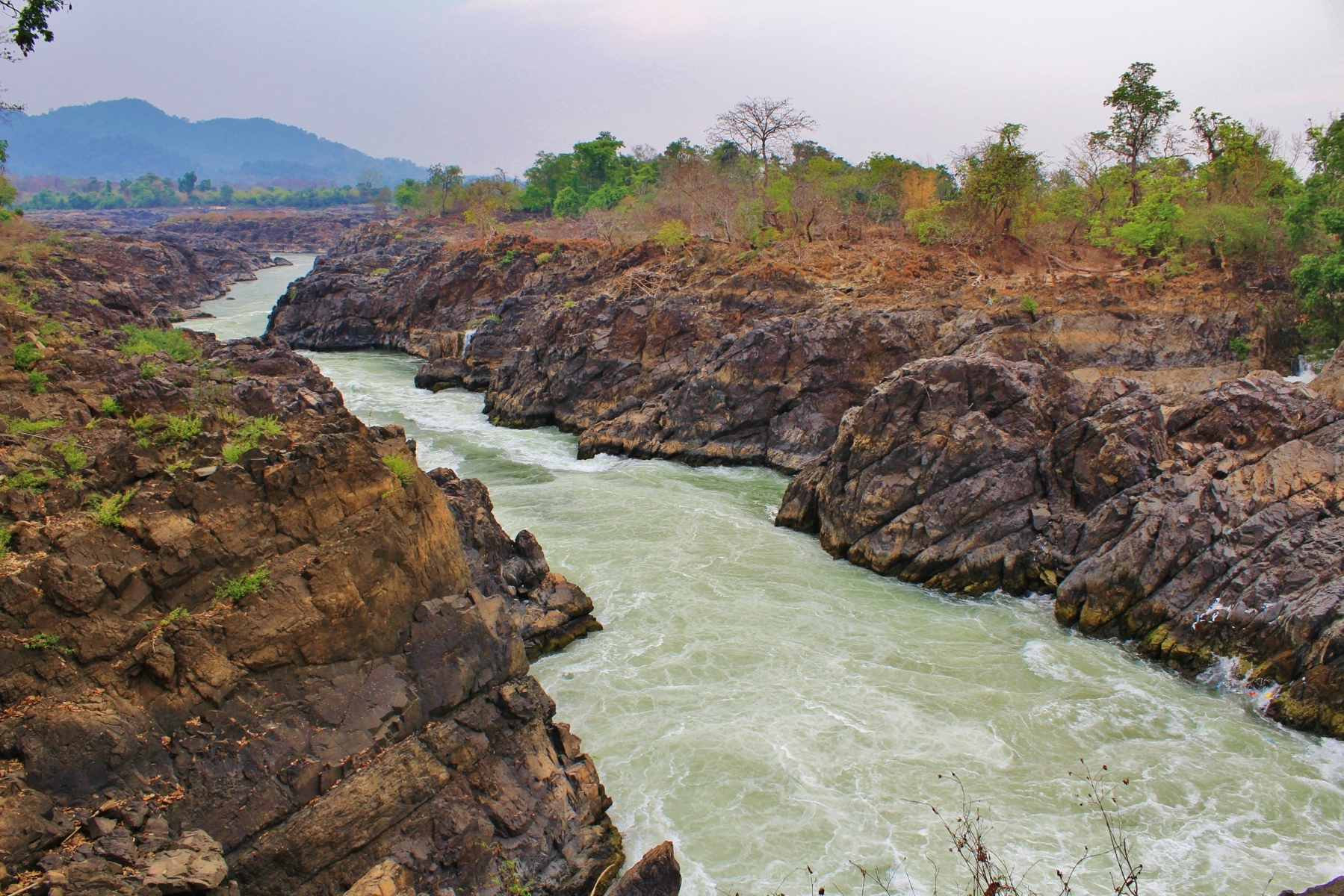 L'irruenza del Mekong, Laos